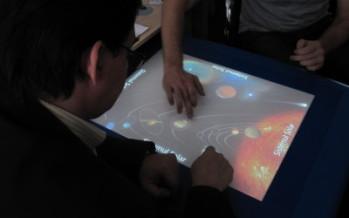 Fenomenul e-Learning, Laboratoare virtuale şi Multi-Touch