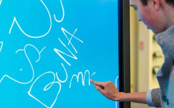 Peste 250 de liceeni au învățat despre oportunități în IT și securitate online, în cadrul programului Școala Altfel, la Microsoft